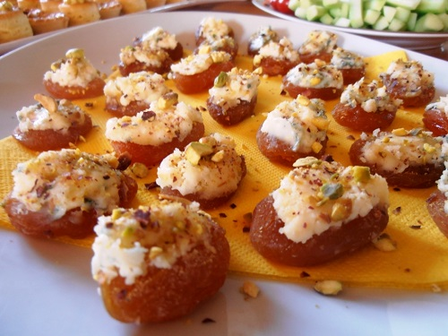 Apricots & Blue Cheese Hors d'oeuvres