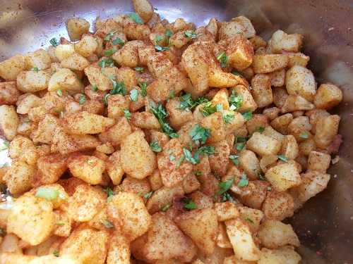 Tapas Catering in the Algarve: Patatas Bravas