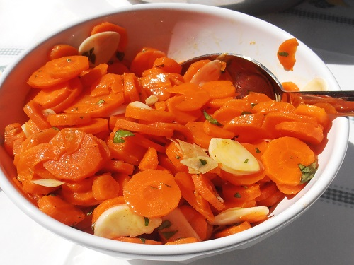 Traditional Portuguese catering: Pickled Carrots and Garlic